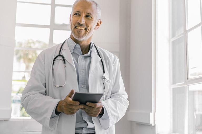 Services pour Médecins incorporés